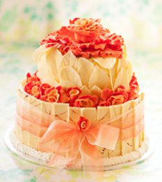 Roses and White Chocolate Wedding Cake