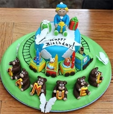 train and teddy bears birthday cake