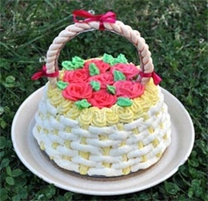 basket-of-roses-cake