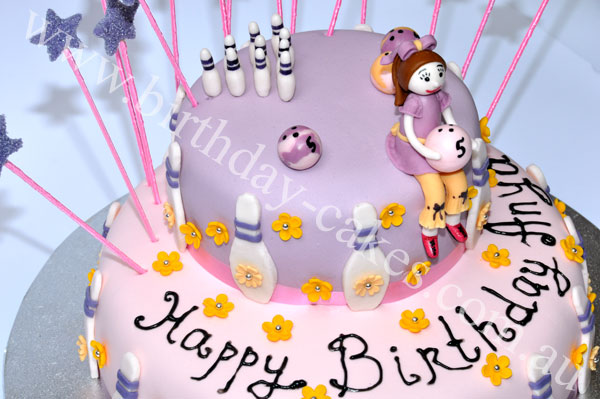 bowling cake for kids