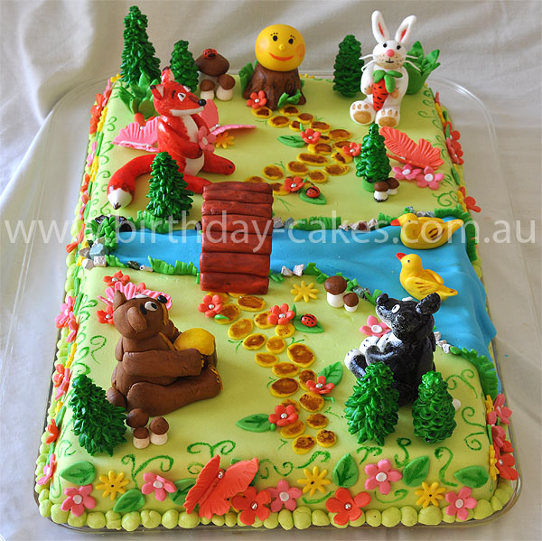 Pin fondant forest cake on pinterest for Animal cake decoration ideas