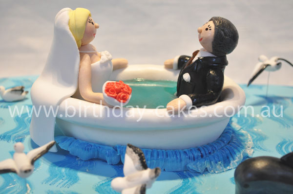 bath tub wedding cake