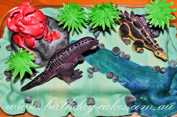 dinosaur birthday cake for kids