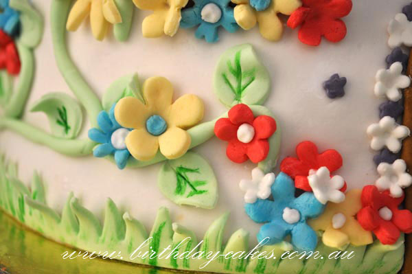 fondant flower decoration