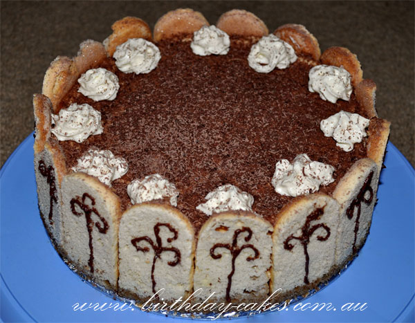 how to decorate tiramisu
