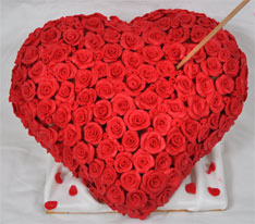 Heart Shaped Valentines Cake Images : Valentine s Day Cake